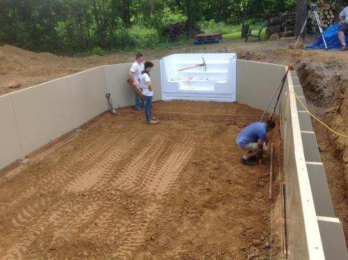 On site Building a Fabcote Pool